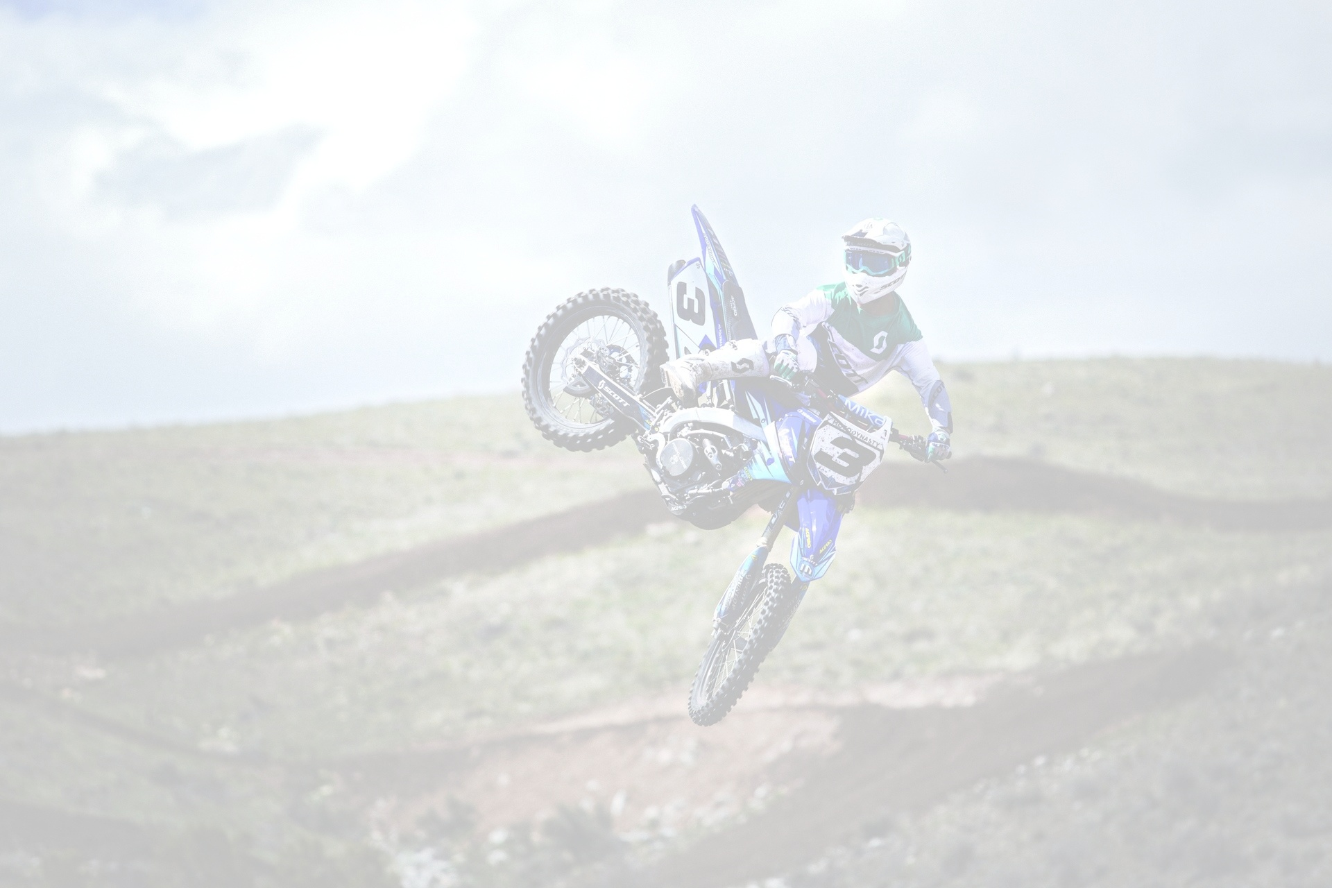 Maxmoto cover photo